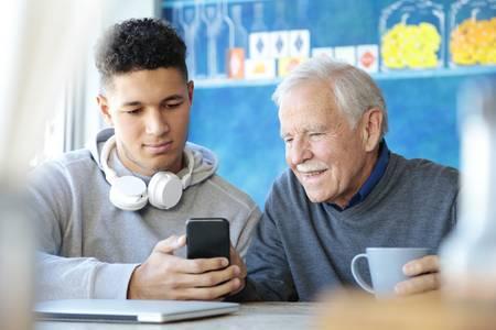 SMD-Widerstände werden z.B. in Smartphones verwendet