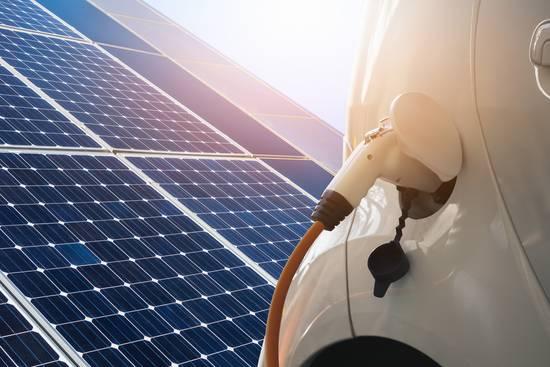 Elektromobilität und Solarenergie