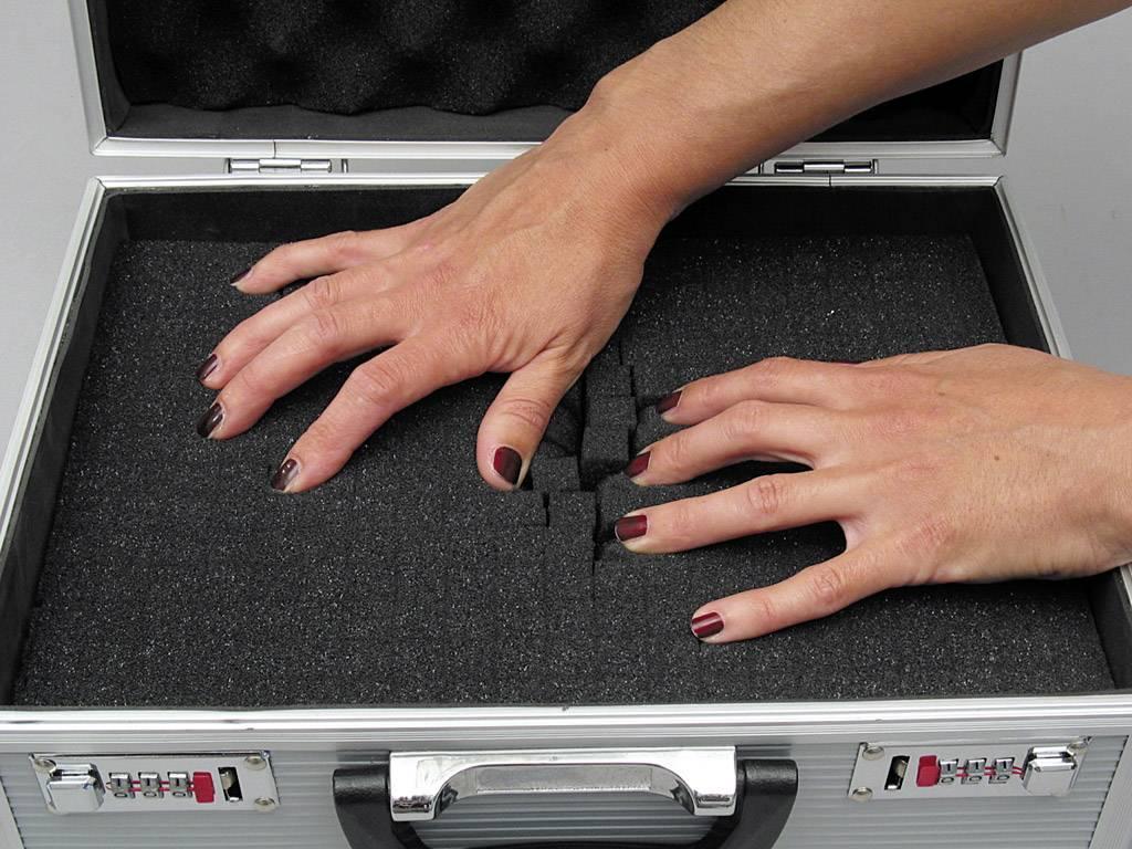 Hliníkový kufr s pěnovou výplní Viso STC911P, 380 x 260 x 90 mm