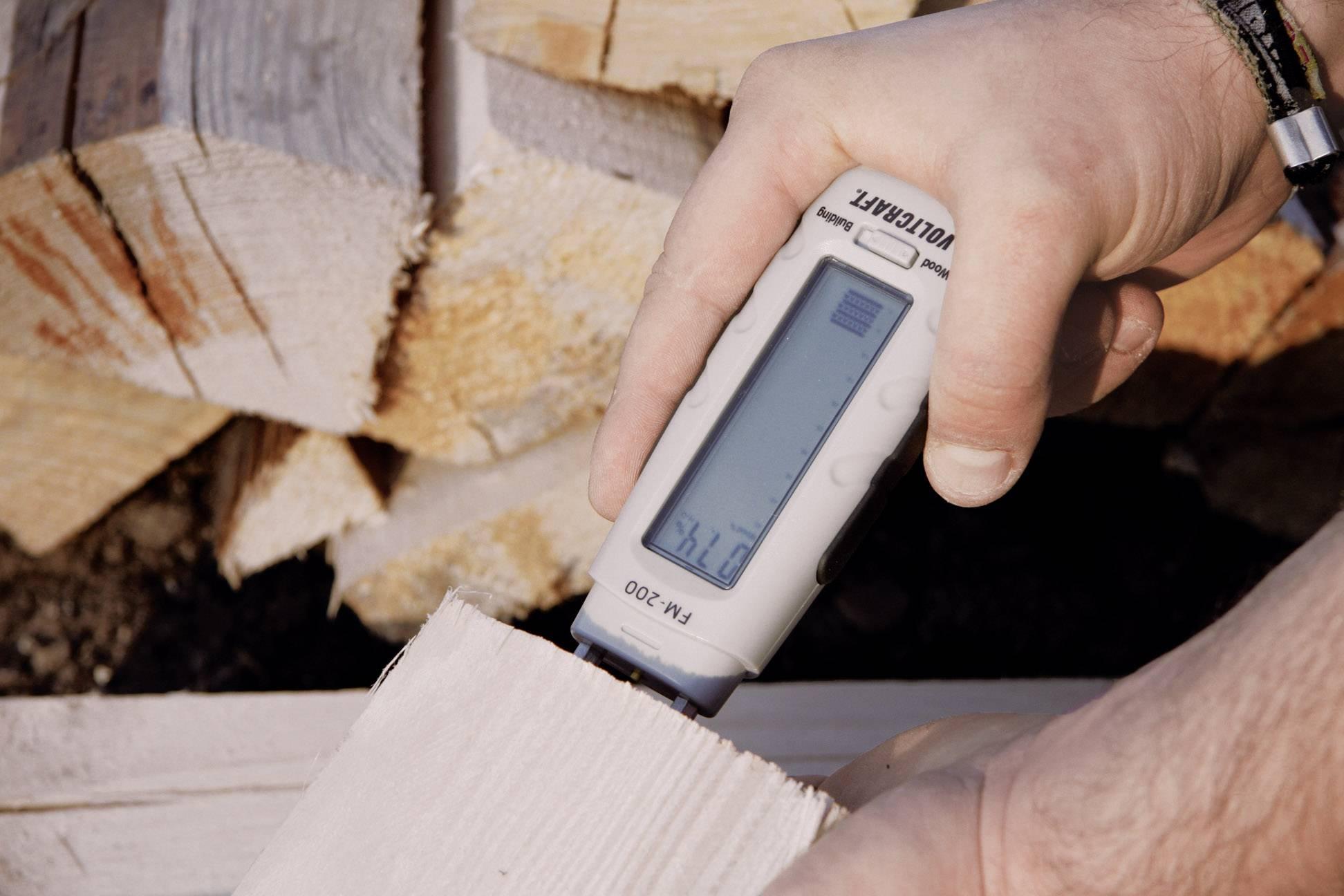 Merač vlhkosti dreva a stavebných materiálov Voltcraft FM-200
