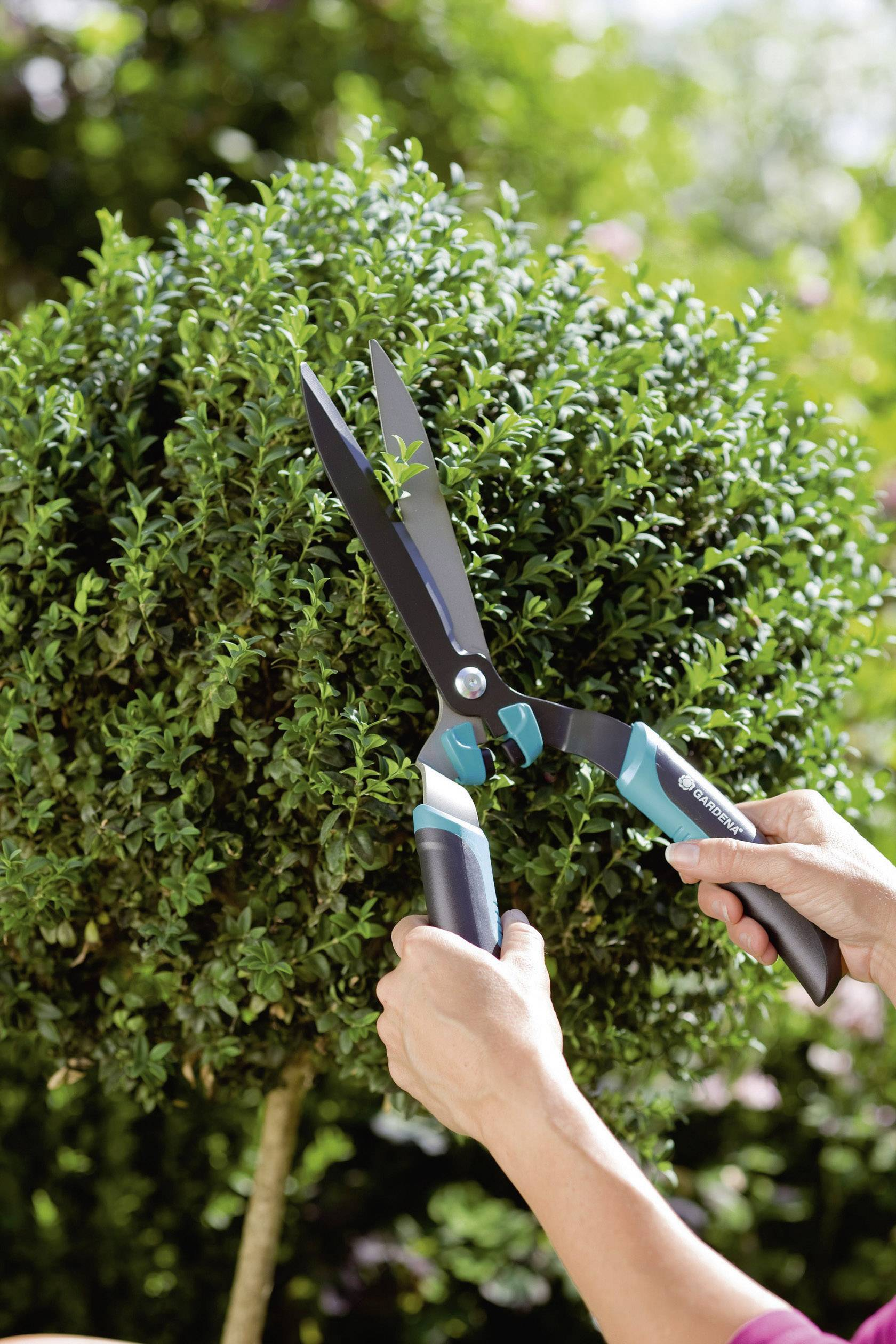 Zahradní nůžky na keře Gardena 399-20