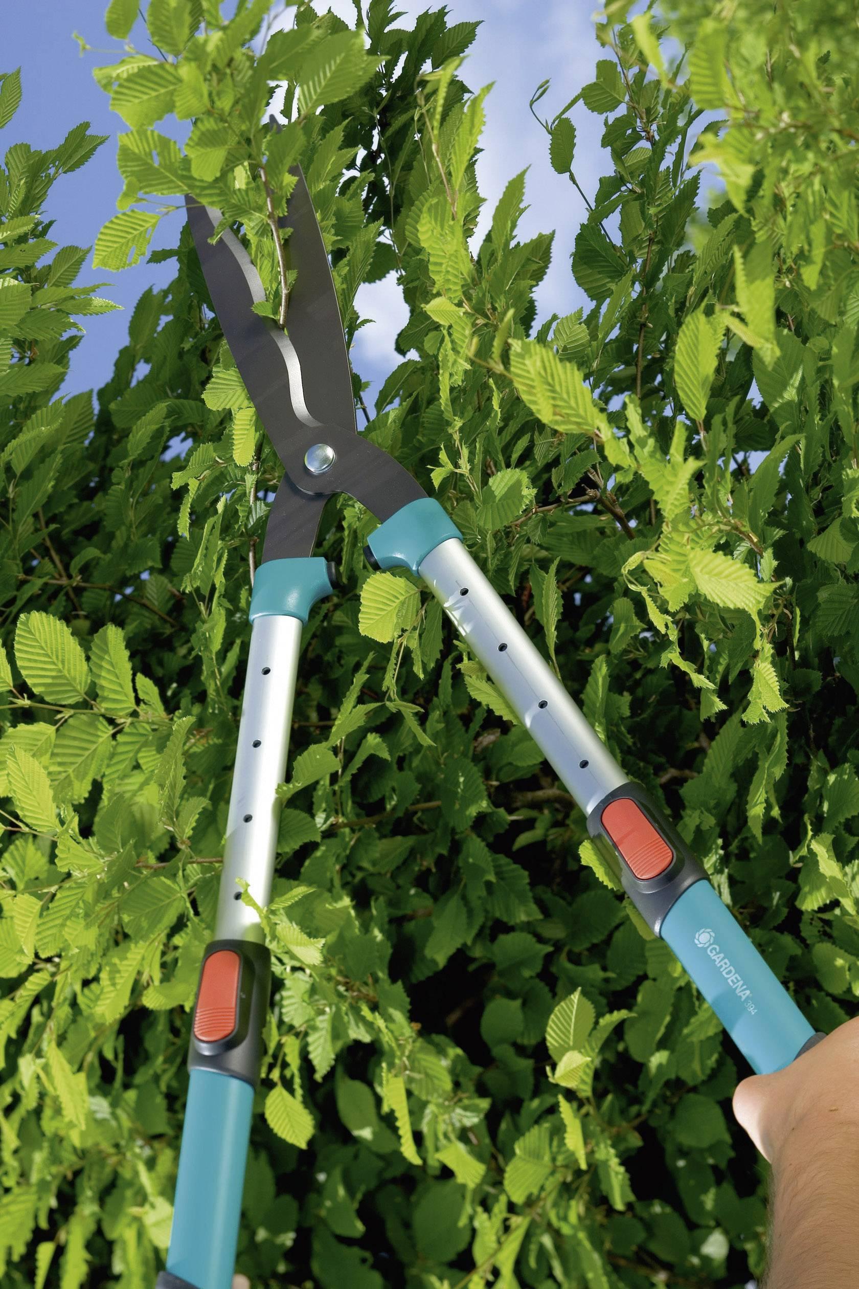 Zahradní nůžky na keře teleskopické Gardena Comfort 700 T 394-20