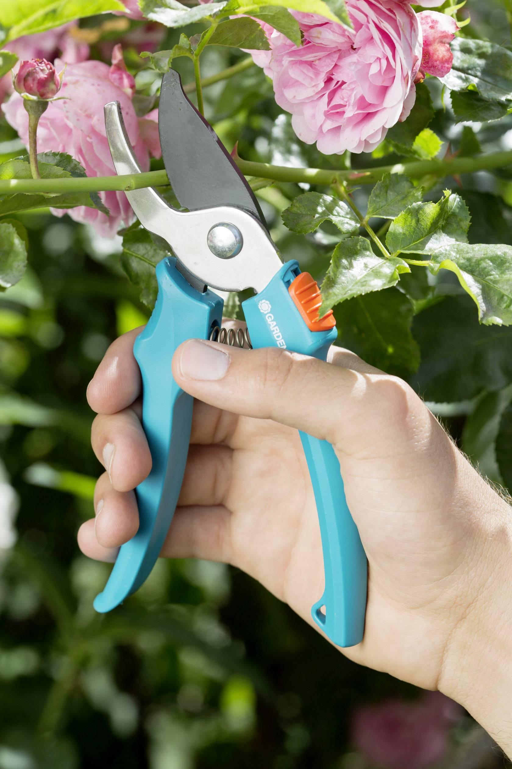 Zahradní nůžky Gardena Classic 8754-30