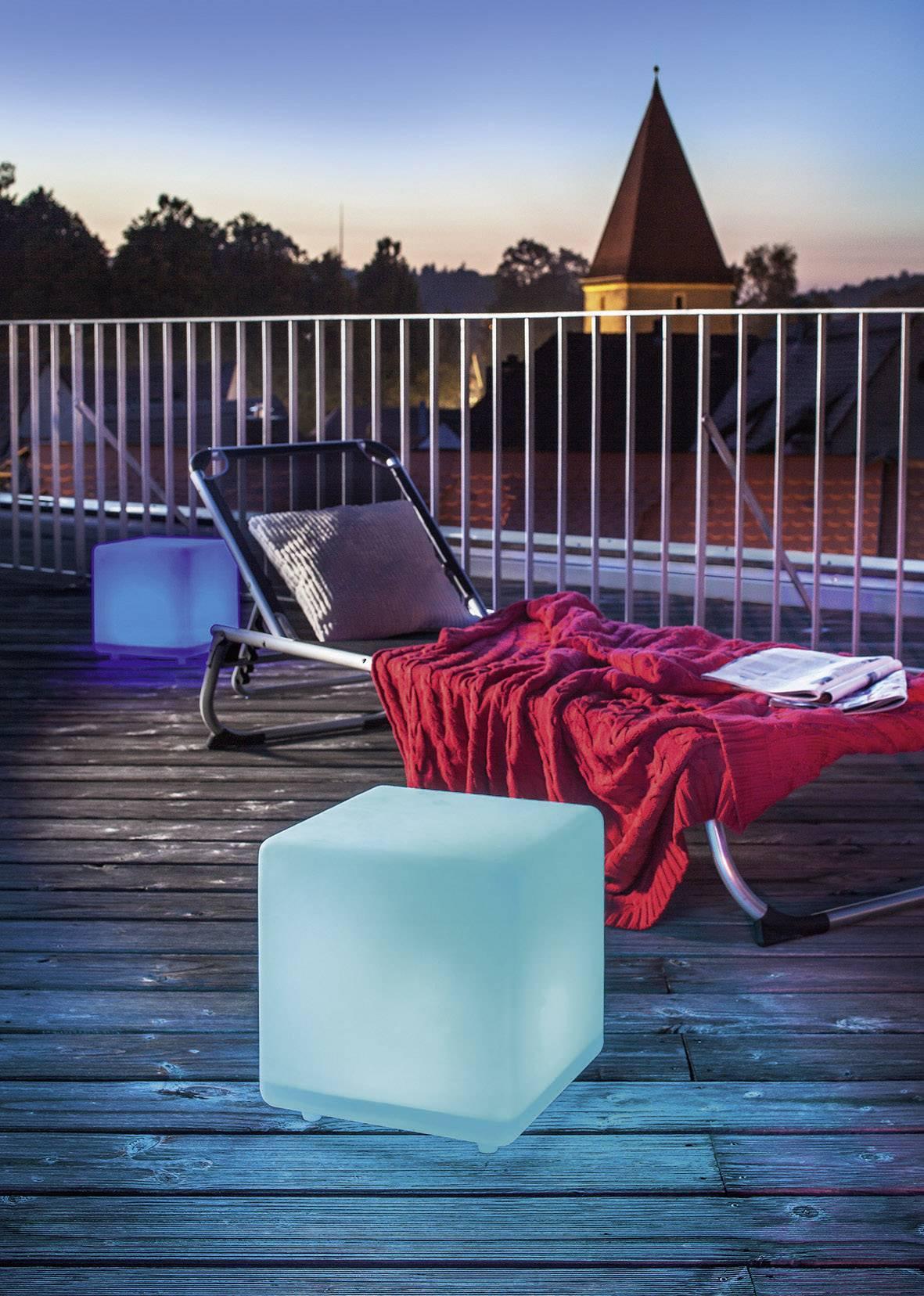 Vonkajšie dekoratívne a záhradné LED svietidlá