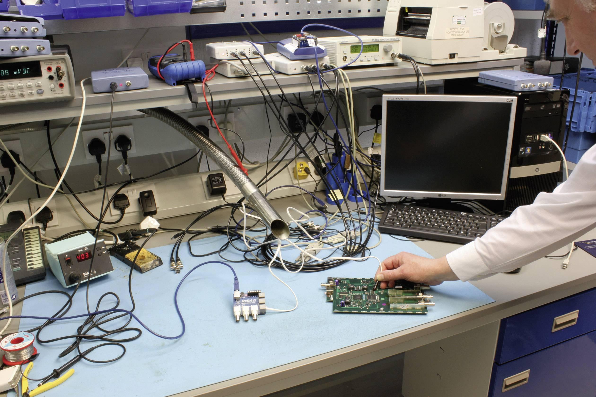 USB záznamník dát, signálny generátor, osciloskop pico DrDAQR