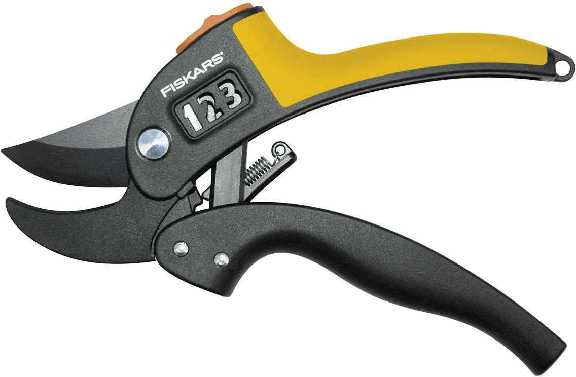 Zahradnické nůžky se zakřivenou rukojetí Fiskars PowerLever 111670