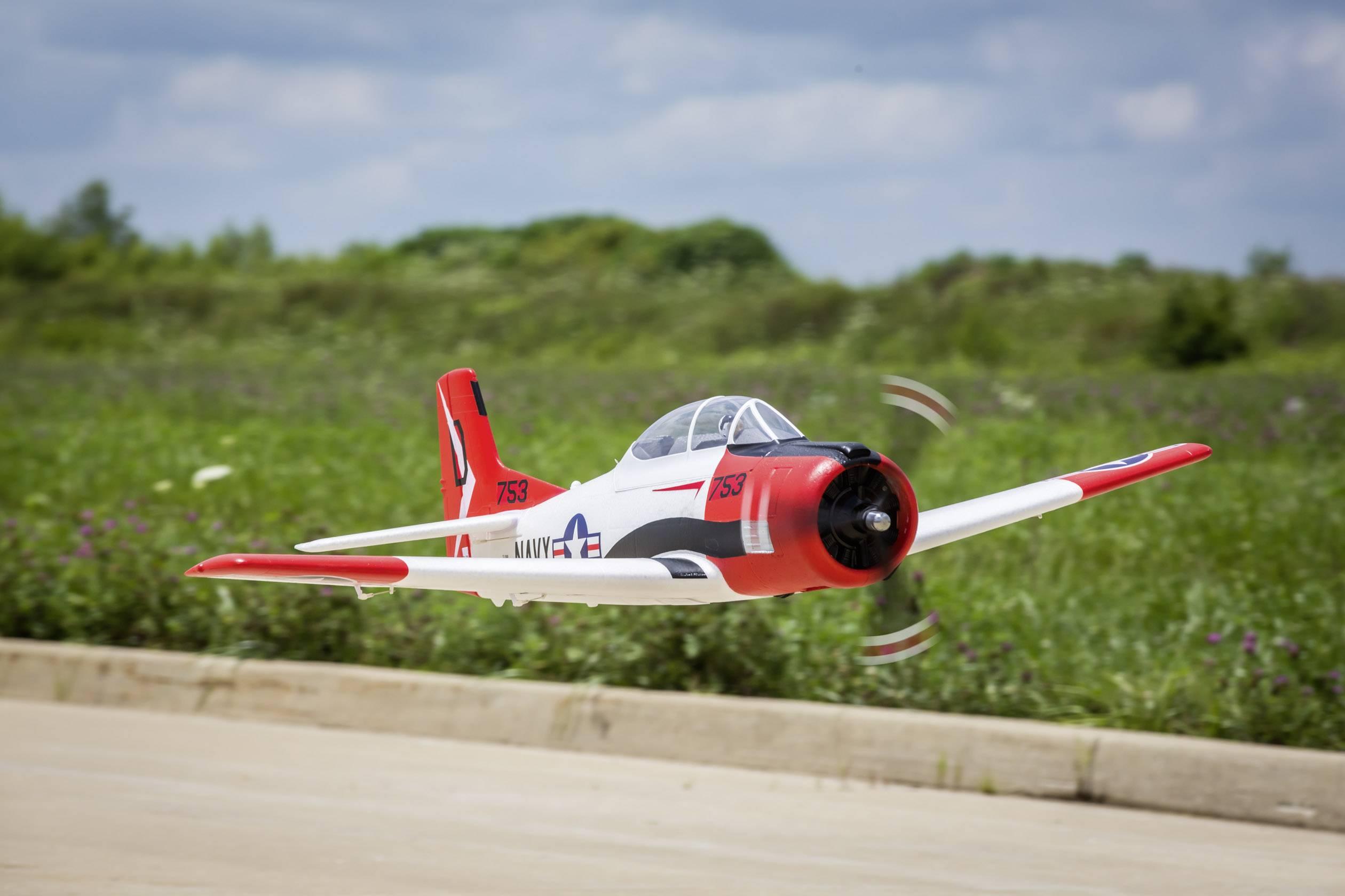 RC model motorového lietadla E-flite T-28 EFL8350, BNF, rozpätie 1225 mm