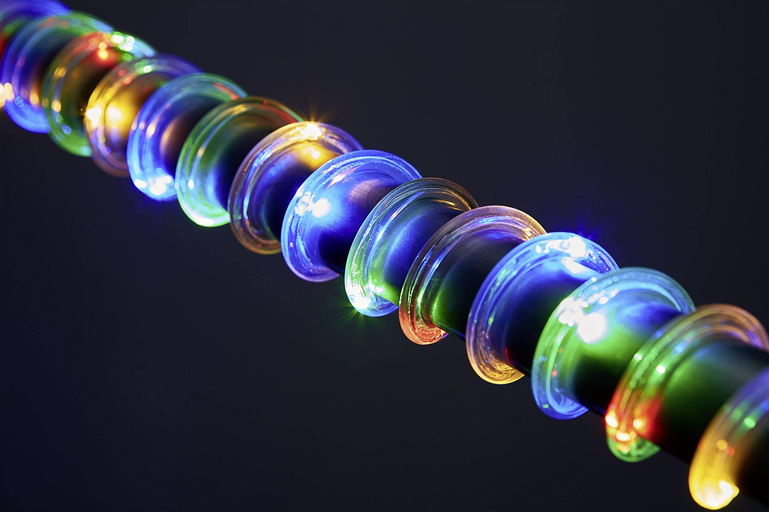 LED mikro světelný řetěz Polarlite venkovní, na baterii, LED 65, RGB, teplá bílá, 5.5 m