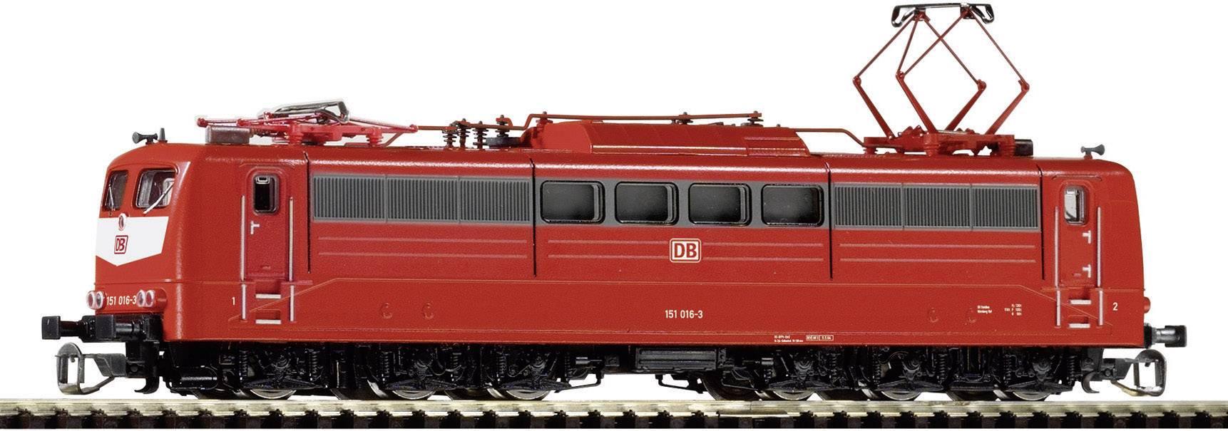 TT lokomotivy a vlakové soupravy