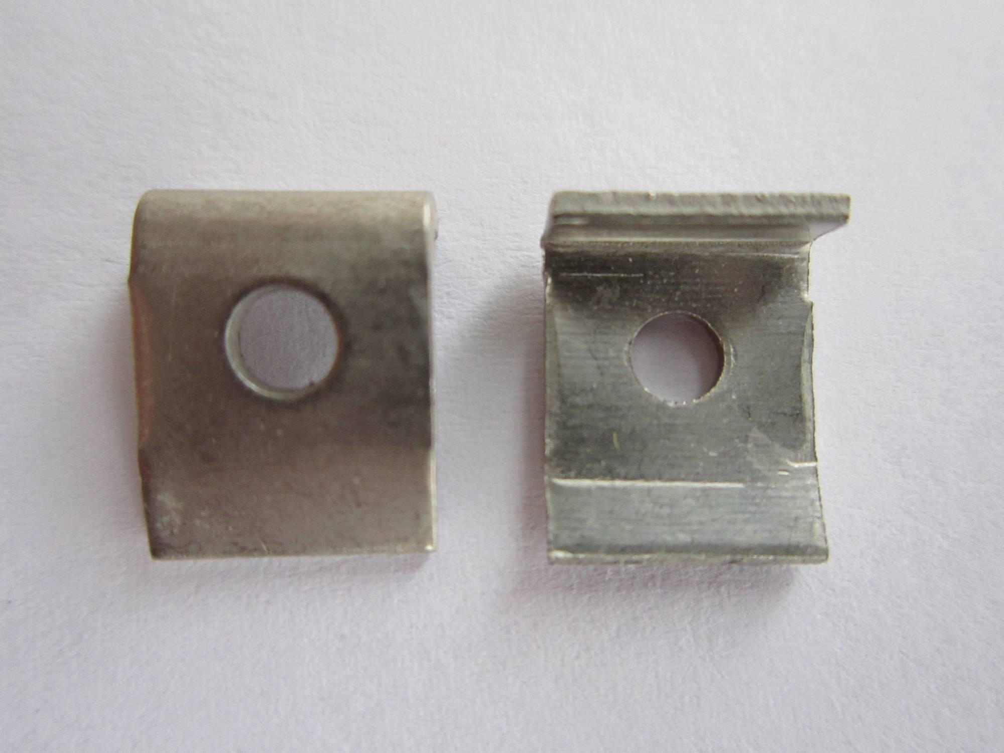 Držák pro výkonový rezistor Weltron Montagehilfe (028107041245)