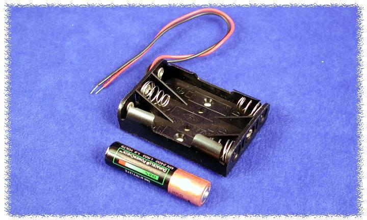 Držák baterie Hammond Electronics BH3AAAW