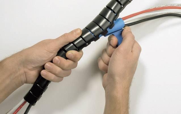 Káblový oplet HellermannTyton HWPP-25MM-PP-SR-K1, 27 mm (max), 2 m, strieborná