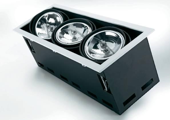 Halogénové vstavané svetlo Downlight Croux, 3x 100 W