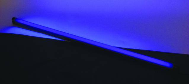 UV žiarivka s telesom Eurolite, 120 cm, 36 W, slim