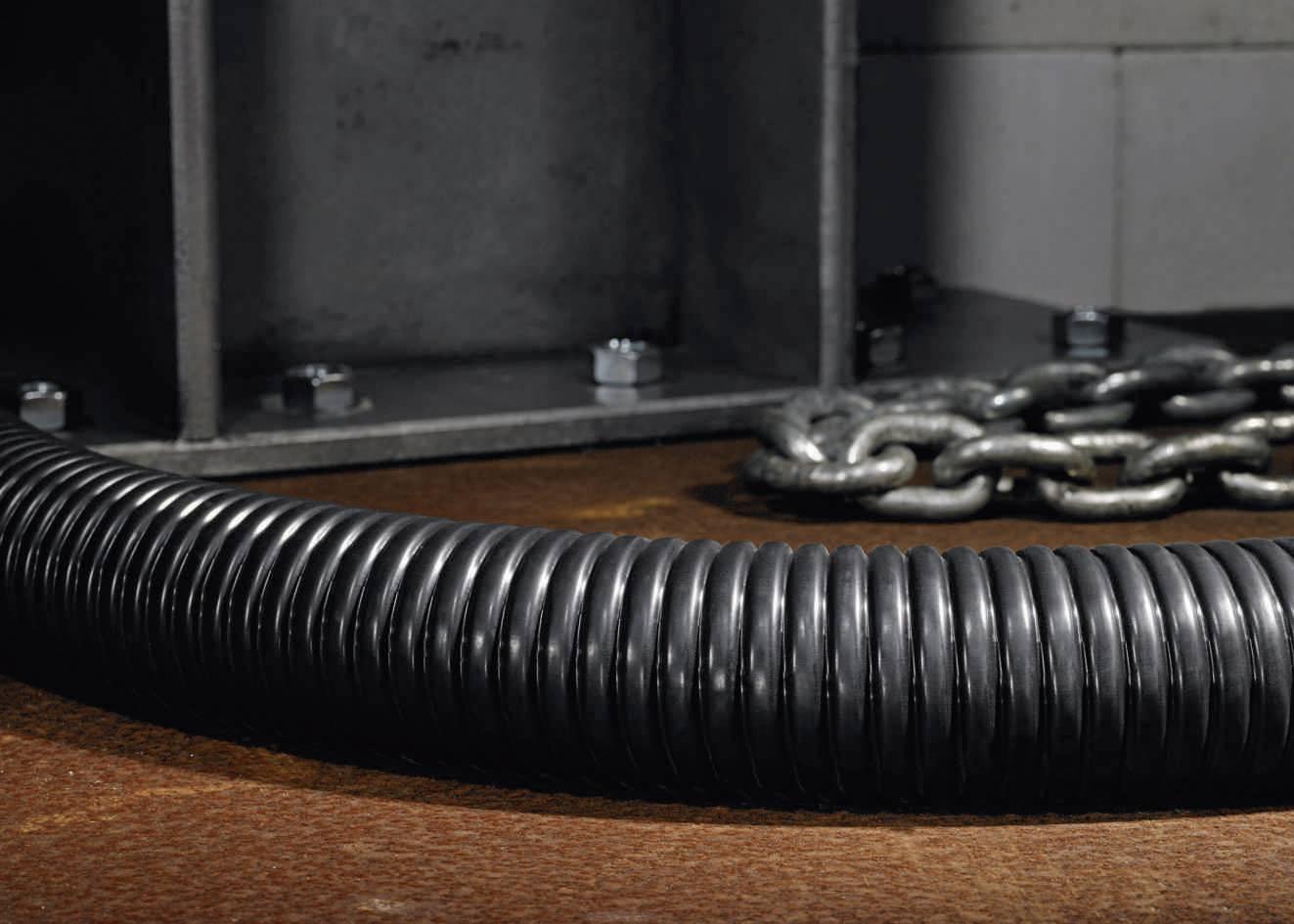 Ochranná hadice kovová HellermannTyton PSC32 (166-30705), 34 mm, černá