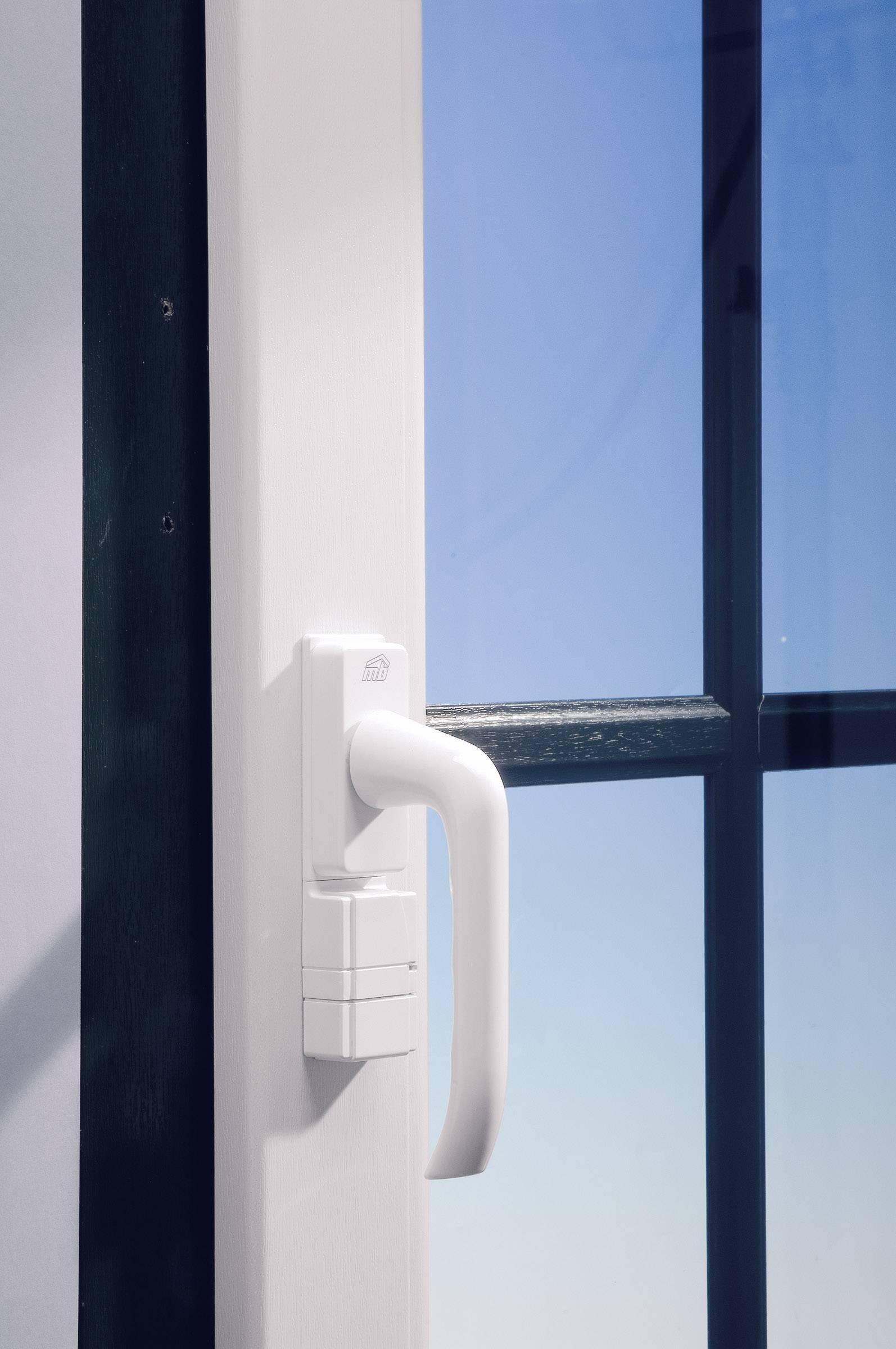 Vysielač HomeMatic pre otočné okenné rukoväte