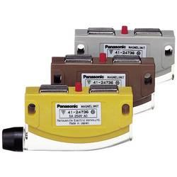 Dveřní spínač Panasonic AZC11013A, 250 V/AC, 5 A, zdvihátko