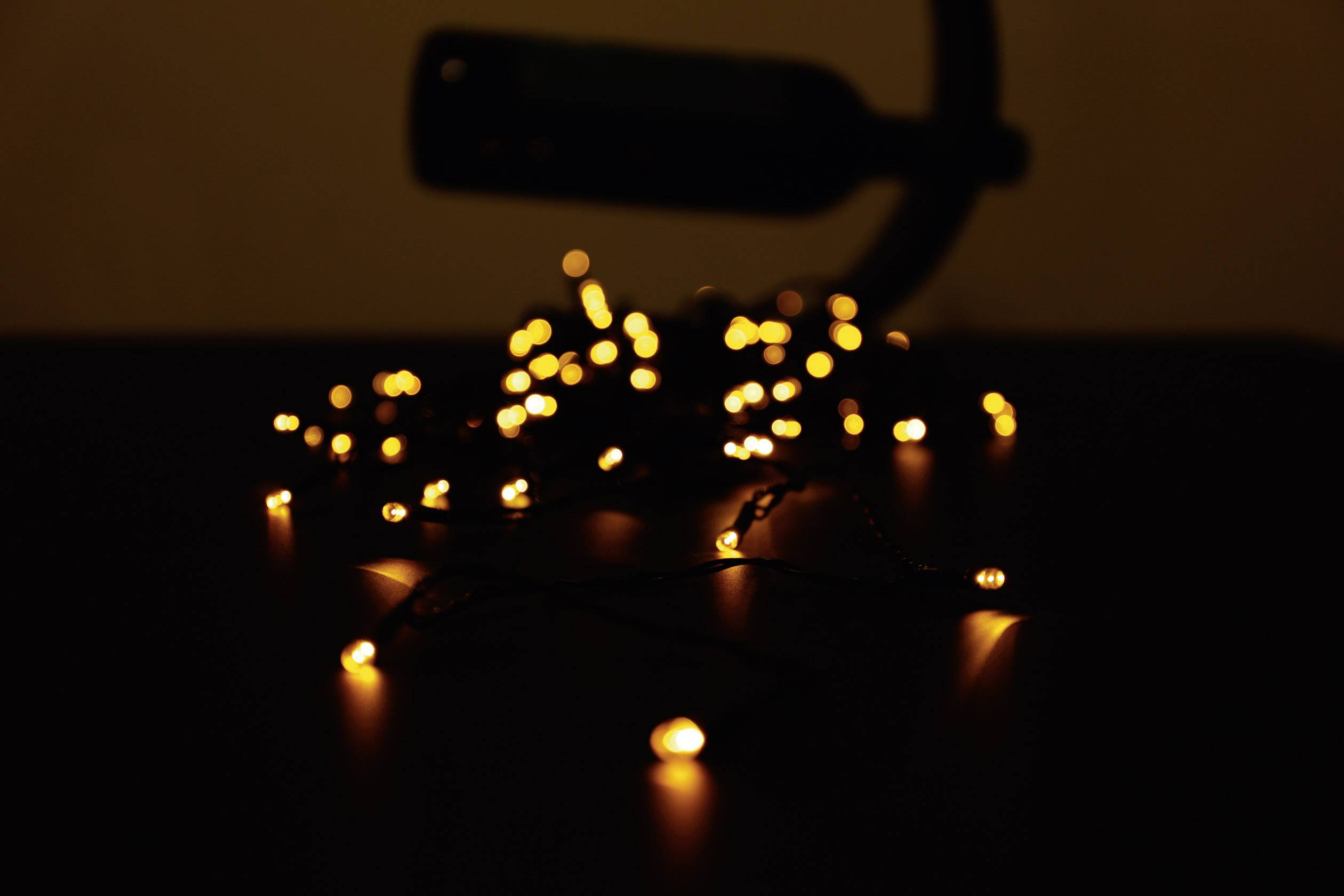 Vonkajšia micro vianočná reťaz Polarlite, 80 LED Amber