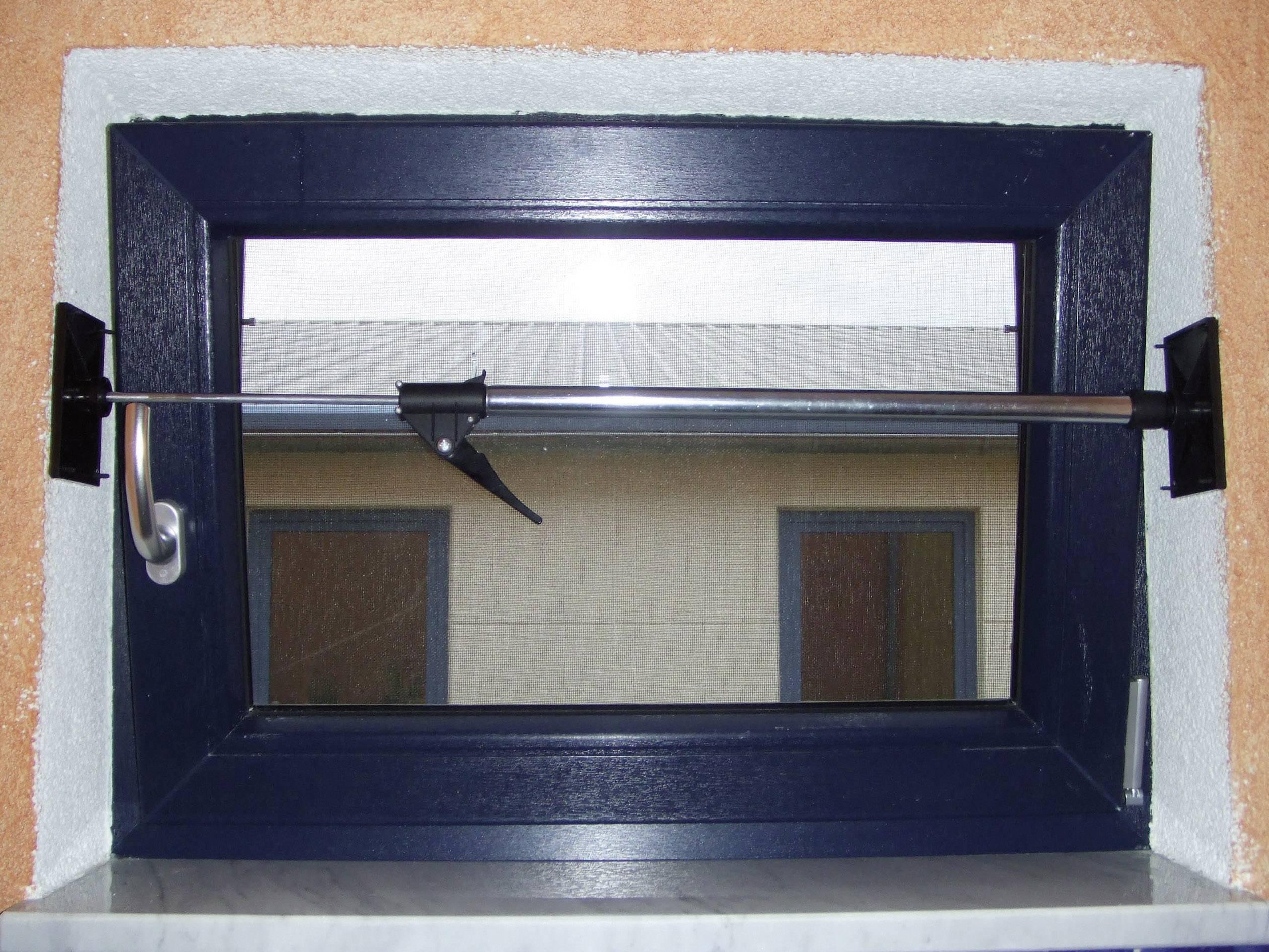 Dverová a okenná rozperná tyč 824189, 0.65 - 1.10 m, max.nosnosť: 40 kg