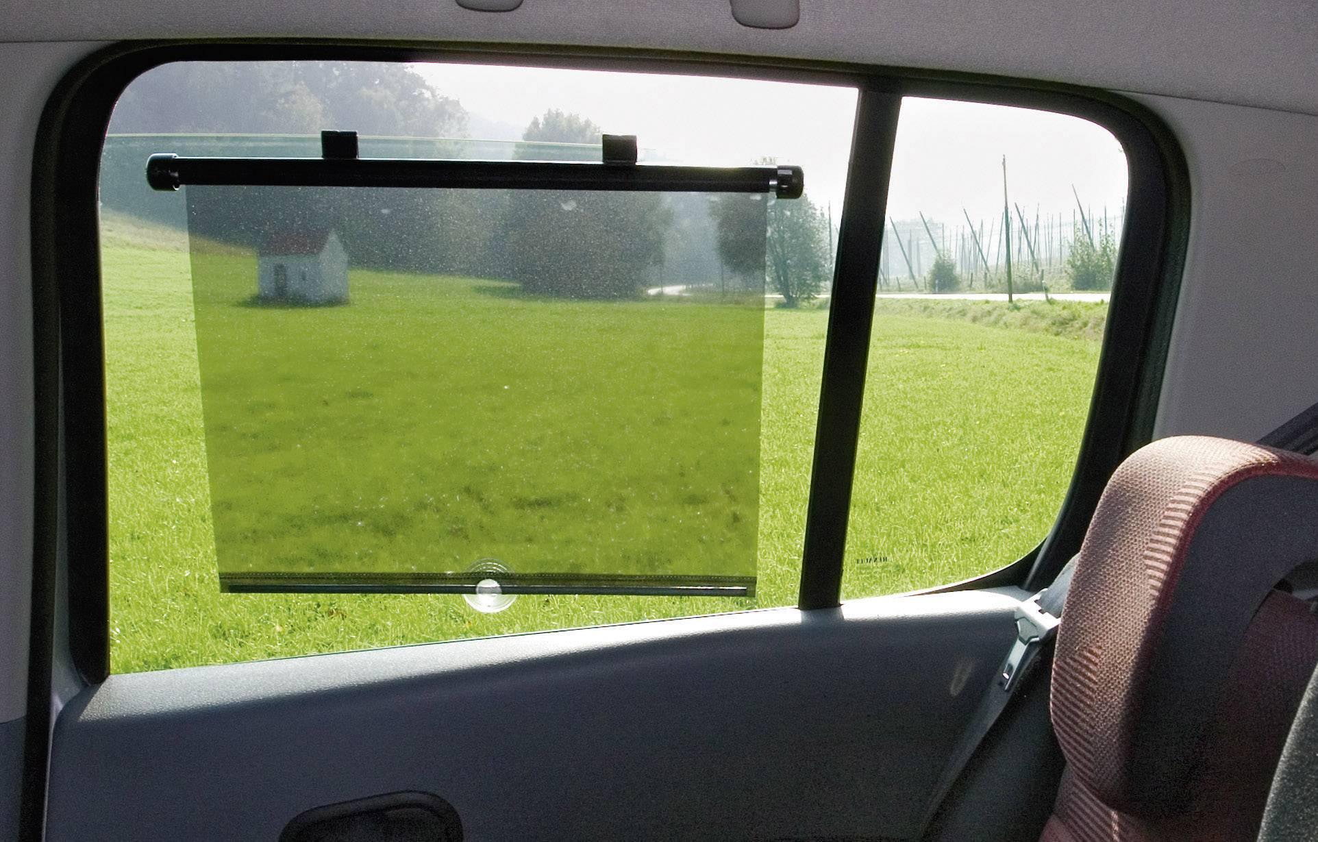 Slnečná roletka pre bočné okná 52 cm