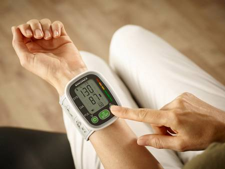 Blutdruckmessgerät fürs Handgelenk