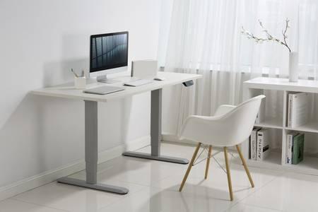 Höhenverstellbare Schreibtische für flexibles Arbeiten