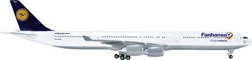 """Luftfahrzeug 1:500 Herpa Lufthansa Airbus A340-600 """"Fanhansa"""" 526845"""