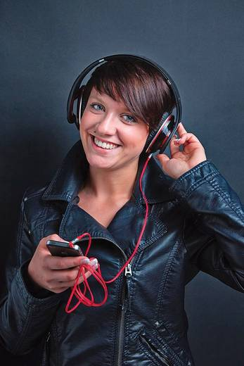 Klinke Audio Anschlusskabel [1x Klinkenstecker 2.5 mm - 1x Klinkenstecker 3.5 mm] 1.50 m Weiß vergoldete Steckkontakte O