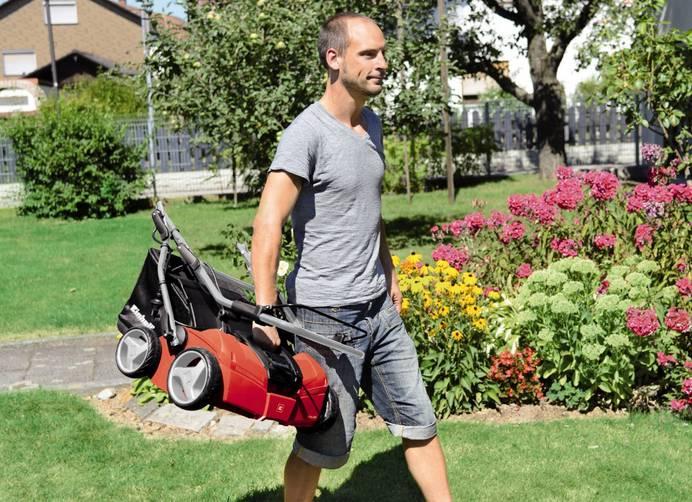 Elektro Vertikutierer zur Gartenpflege