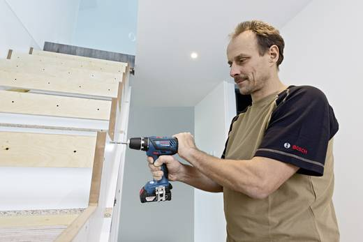 bosch professional gsr 18 2 li plus akku bohrschrauber 18 v 4 ah li ion inkl 2 akku inkl. Black Bedroom Furniture Sets. Home Design Ideas