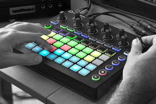 Synthesizer Novation CIRCUIT