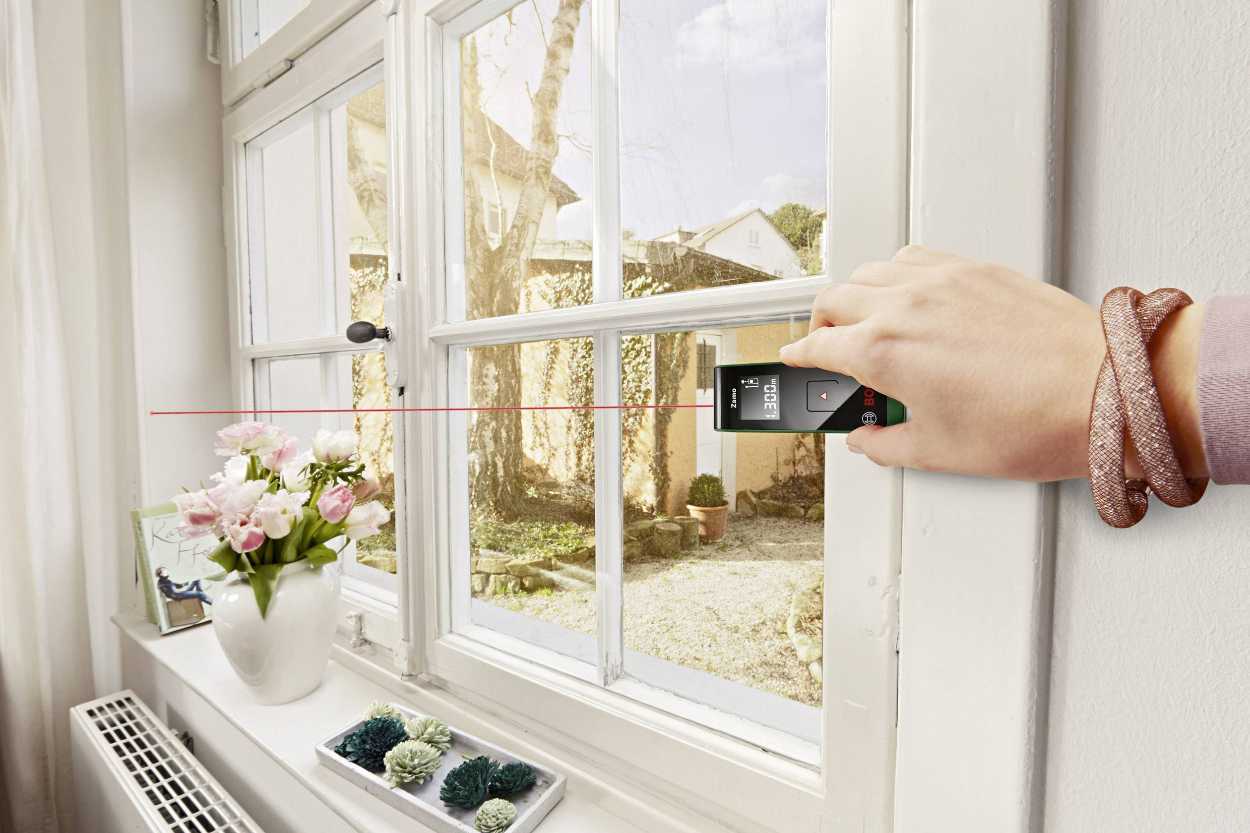 Laser Entfernungsmesser Zamo 2 : Bosch home and garden zamo ii laser entfernungsmesser messbereich