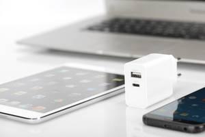 USB Ladegerät für Smartphone & Tablet