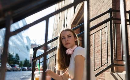 Kopfhörer bequem überall mit hinnehmen