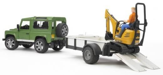 Bruder Land Rover Defender Station Wagon mit Einachsanhänger, JCB Mikrobagger und Bauarbeiter
