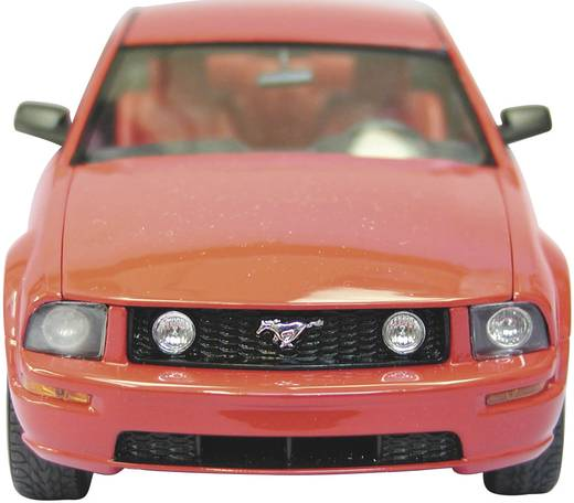 Revell Ford Mustang GT 2005