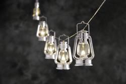 Venkovní svítící řetěz se stříbrnými lucernami, 8 LED