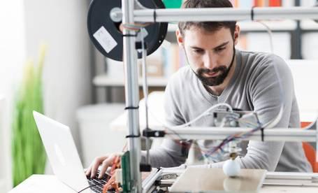 Mit einem 3D Drucker können komplexe Ausdrucke erstellt werden
