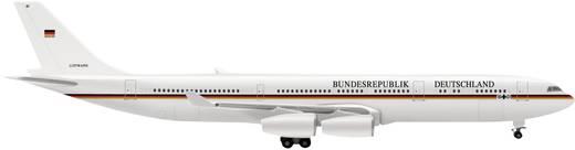 Luftfahrzeug 1:500 Herpa A340-300 Flugbereitschaft 507585