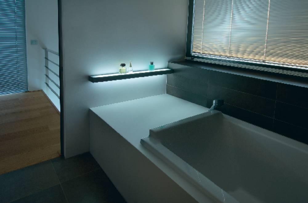 Slv Spot Salle De Bain ~ applique murale pour salle de bain slv flat 221 g5 42 w gris argent