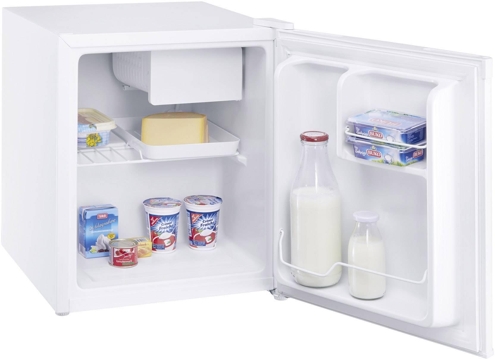 Kühlschrank Weiss : Weiß offenen kühlschrank isoliert auf weißem hintergrund