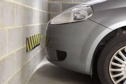 Ochranný pás na stěnu do garáže HP-Autozubehör, 18325, pěnový, 100 cm - Černo-žlutý pěnový pás na ochranu stěn - délka 100 cm, výška 15 cm a tloušťka 1 cm