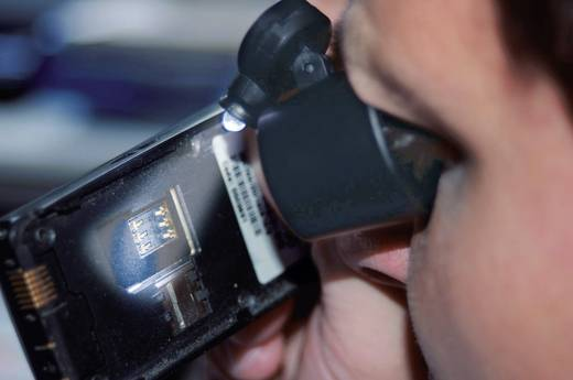Handlupe mit LED-Beleuchtung Vergrößerungsfaktor: 10 x Linsengröße: (Ø) 21 mm 450513