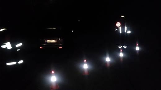 Leitkegel HP Autozubehör 10282 0113910 LED-Notleuchte rot (L x B x H) 245 x 245 x 460 mm