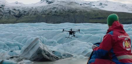 Drohne beim Sucheinsatz