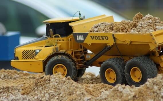 Baufahrzeug als detailgetreues Modell