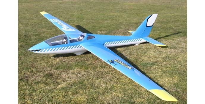 Kunstflugsegler Fox im Conrad Electronic-Design