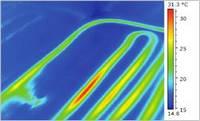 Wärmebildkamera - Untersuchung einer Fußbodenheizung