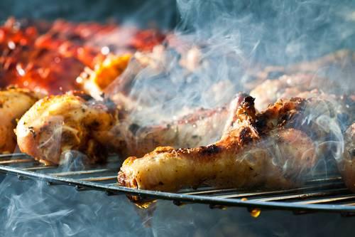Leckeres Essen bei einem Grillfest