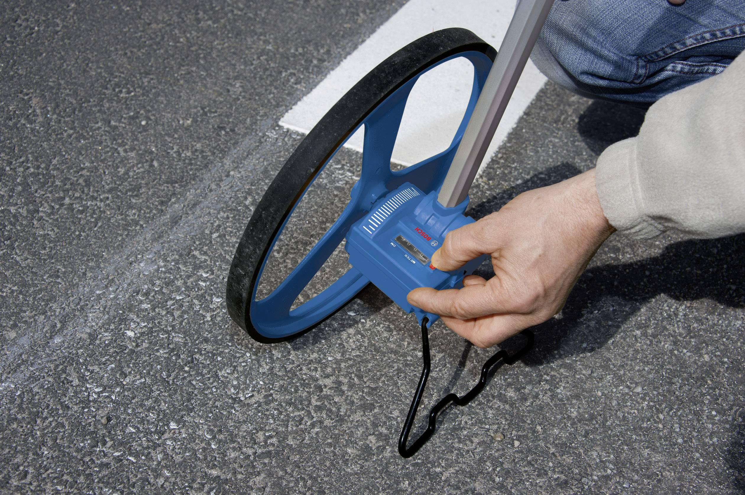 Bosch GWM32 Professional Measuring Wheel en cas